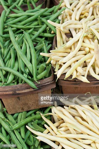 Gelbe und grüne Bohnen für den Verkauf in einen farmer's market