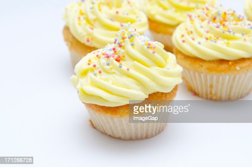 Yellow cup cakes