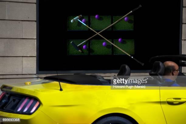 Yellow Sports: Street Polo