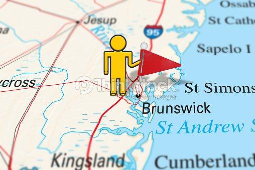 Map Of Kingsland Georgia.Yellow Stickman Holding A Map Pin On Brunswick Ga Stock Photo