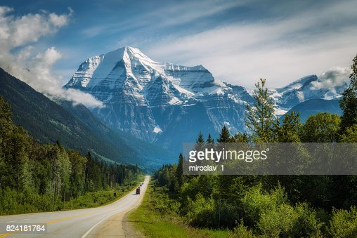 Yellowhead Highway in Mt. Robson Provincial Park, Canada : Stock Photo