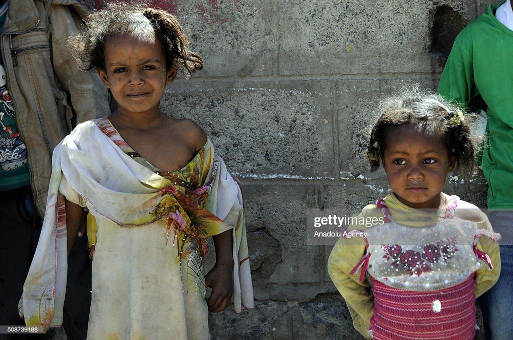 Yemeni children are seen in Savan neighborhood as Saudi-led airstrikes continue in Sana'a, Yemen on February 6, 2016.