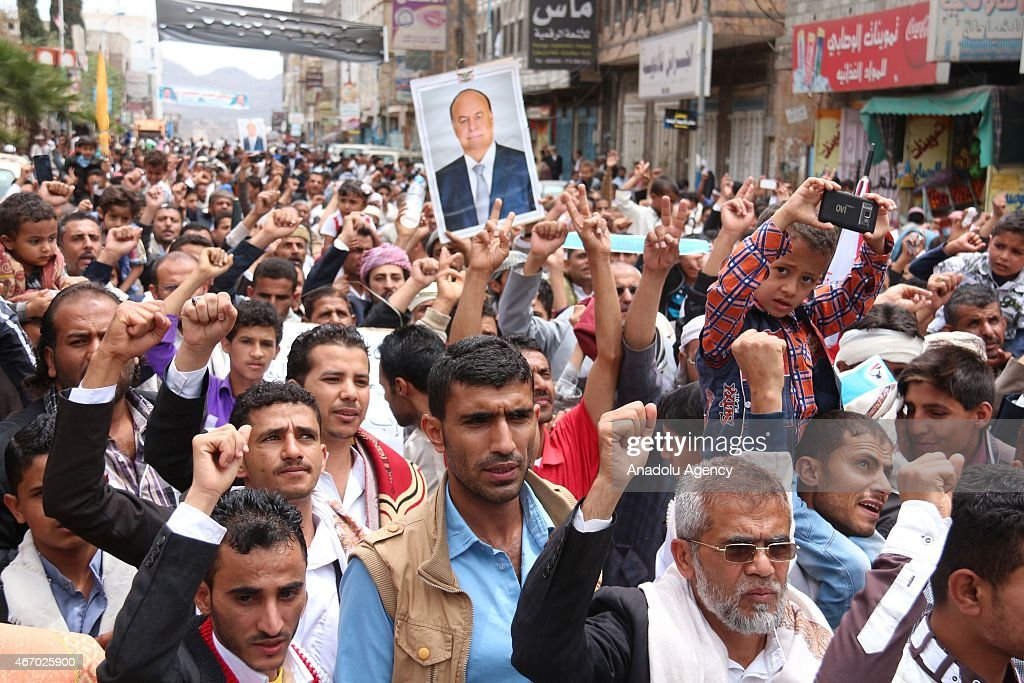 Yemenis stage a demonstration to support Yemeni president Abd Rabbuh Mansur Hadi following Friday Prayer at the Change Square in Ibb city of Yemen on March 20, 2015.