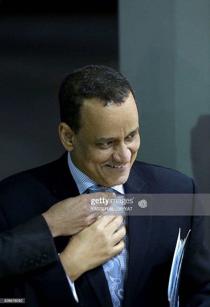 Yemen's United Nations envoy Ismail Ould Cheikh Ahmed arrives for a press conference at the ministery of information in Kuwait City on April 30, 2016. Yemen's warring parties began face-to-face peace talks on 'key issues' in a bid to end the conflict in the impoverished Arab country, the United Nations said. / AFP / YASSER