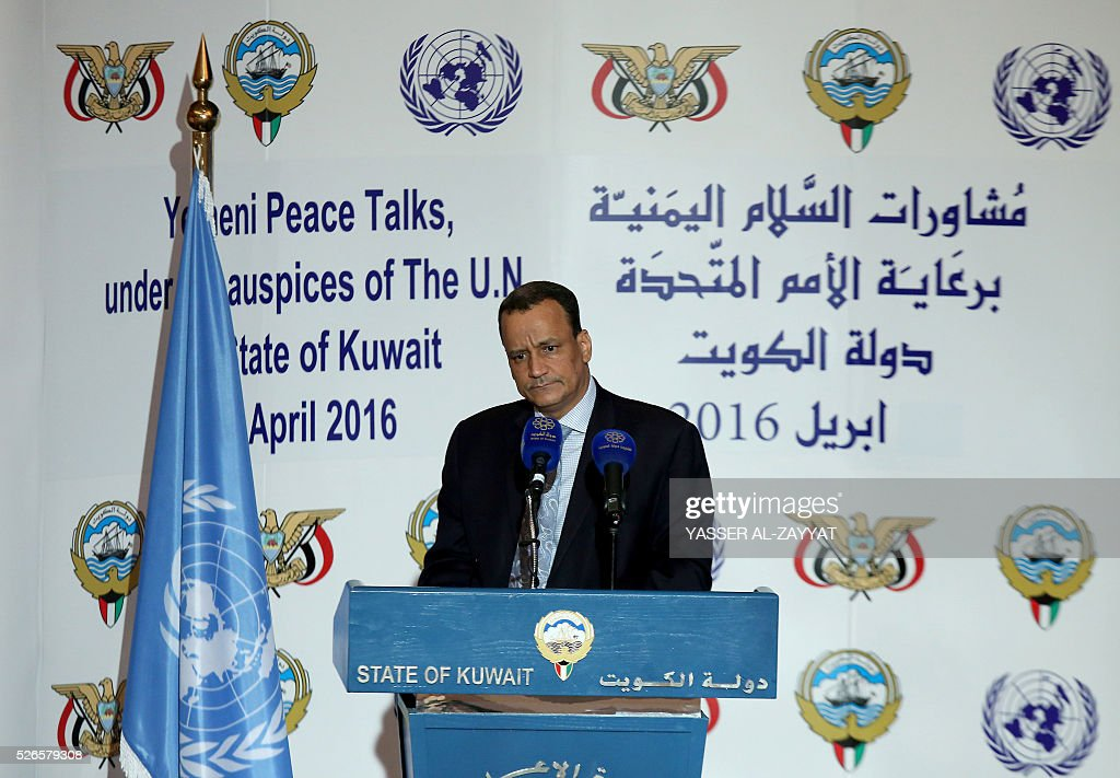 Yemen's United Nations envoy Ismail Ould Cheikh Ahmed holds a press conference at the ministery of information in Kuwait City on April 30, 2016. Yemen's warring parties began face-to-face peace talks on 'key issues' in a bid to end the conflict in the impoverished Arab country, the United Nations said. / AFP / YASSER