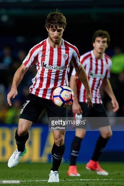Yeray of Athletic Club de Bilbao with the ball during the La Liga match between Villarreal CF and Athletic Club de Bilbao at Estadio de la Ceramica...