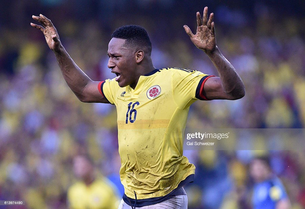 Colombia v Uruguay - FIFA 2018 World Cup Qualifiers : News Photo