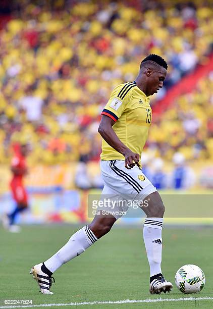 Yerry Mina of Colombia drives the ball during a match between Colombia and Chile as part of FIFA 2018 World Cup Qualifiers at Metropolitano Roberto...