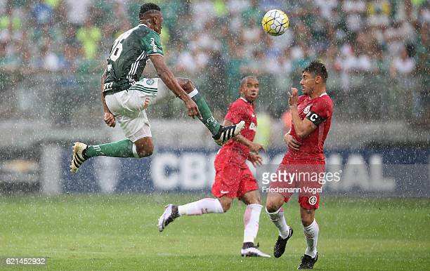 Yerry Mina of Palmeiras fights for the ball with Alex of Internacional during the match between Palmeiras and Internacional for the Brazilian Series...