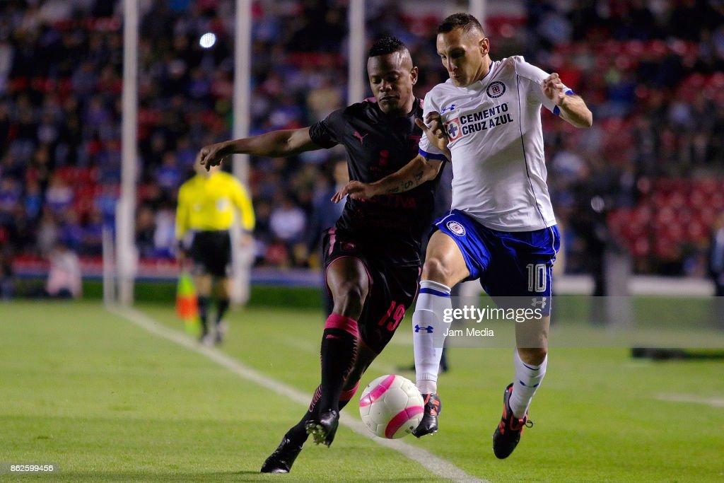Queretaro v Cruz Azul - Torneo Apertura 2017 Liga MX