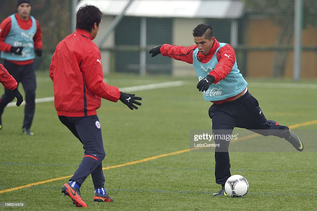 Yerzon Opazo of Chile during a training at Spiserwies stadium November 13, 2012 in Sait Gallen, Switzerland. Chile will play a friendly match against Serbia on November 14th.