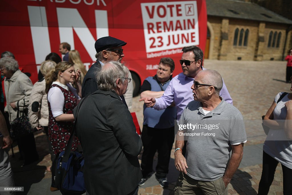 Yes and NO supporters make their feelings known as former Labour leader Ed Miliband campaigns for remain votes while touring with the 'Labour In Battle Bus' at St John's Square on May 24, 2016 in Blackpool, England. The 'Labour In' campaign is hoping to persuade UK citizens to stay in the European Union when they vote in the EU Referendum on the June 23.