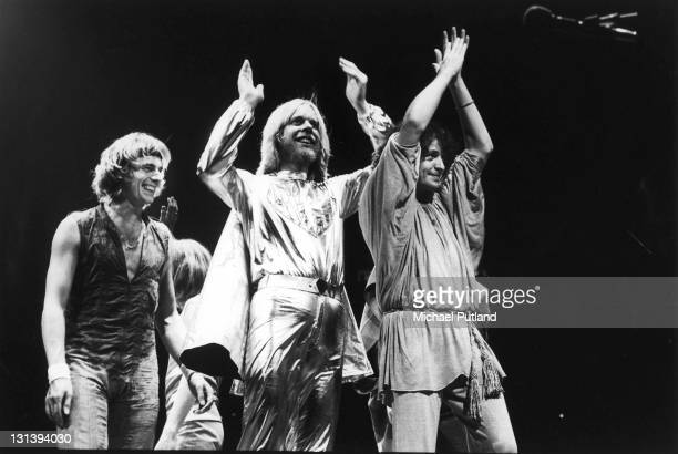 Yes perform on stage USA LR Alan White Rick Wakeman Jon Anderson