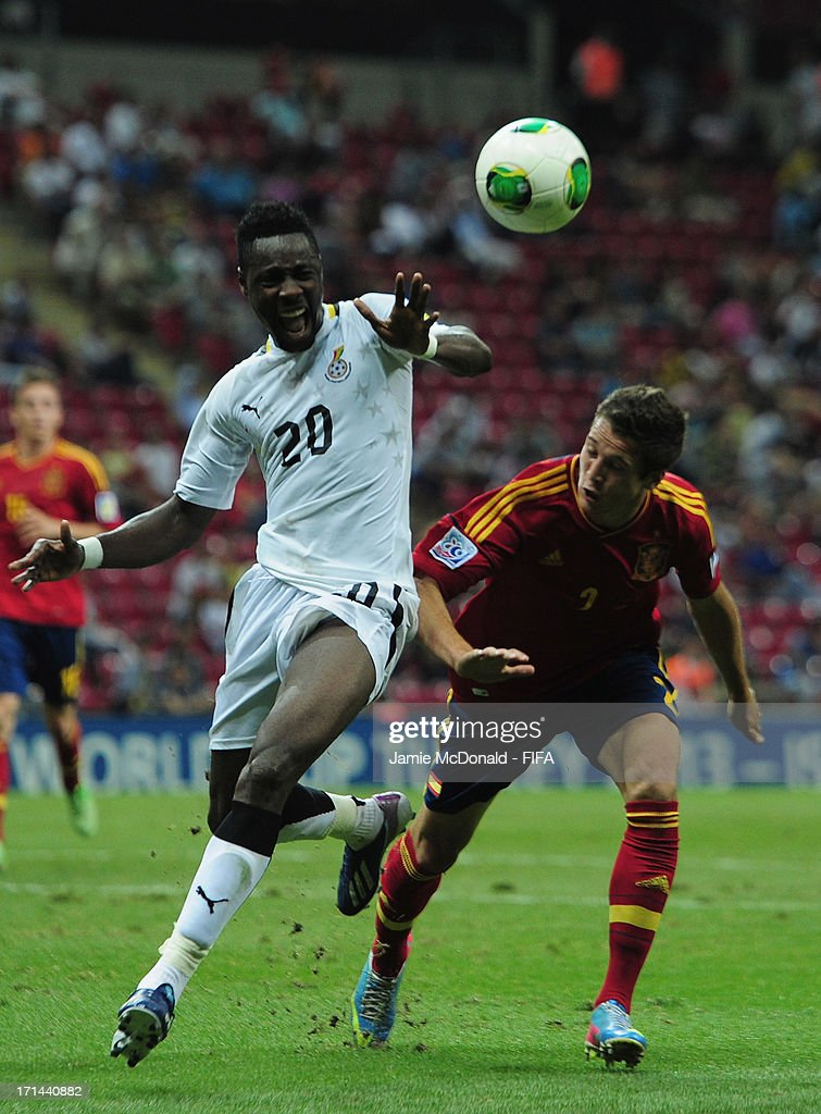 Yiadom Boakye of Ghana battles with Javier Manquillo of Spain during the FIFA U-20 World Cup Group A match between Spain and Ghana at the Ali Sami Yen Arena on June 24, 2013 in Istanbul, Turkey.