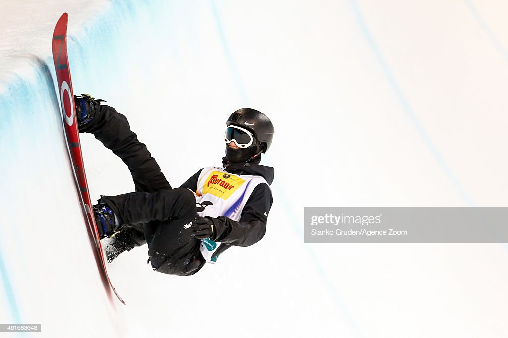 <a gi-track='captionPersonalityLinkClicked' href=/galleries/search?phrase=Yiwei+Zhang&family=editorial&specificpeople=8090733 ng-click='$event.stopPropagation()'>Yiwei Zhang</a> of China takes 2nd place during the FIS Snowboard World Championships Men's and Women's Halfpipe on January 17, 2015 in Kreischberg, Austria.