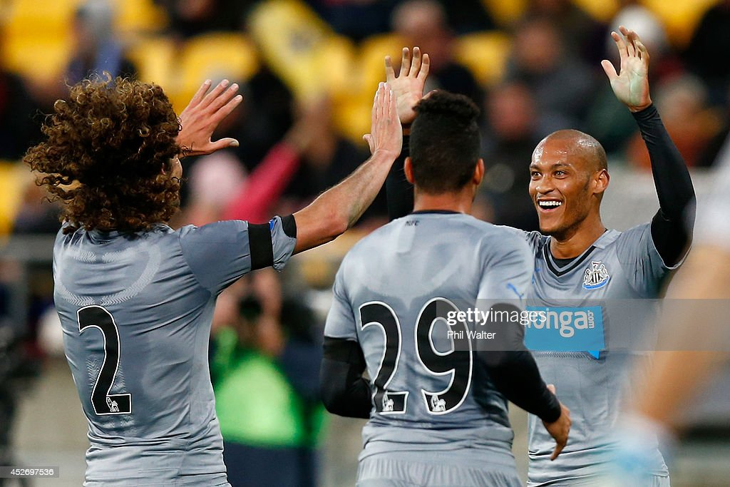 <a gi-track='captionPersonalityLinkClicked' href=/galleries/search?phrase=Yoan+Gouffran&family=editorial&specificpeople=534470 ng-click='$event.stopPropagation()'>Yoan Gouffran</a> of Newcastle (R) celebrates his goal during the Football United New Zealand Tour match between the Wellington Phoenix and Newcastle United at Westpac Stadium on July 26, 2014 in Wellington, New Zealand.