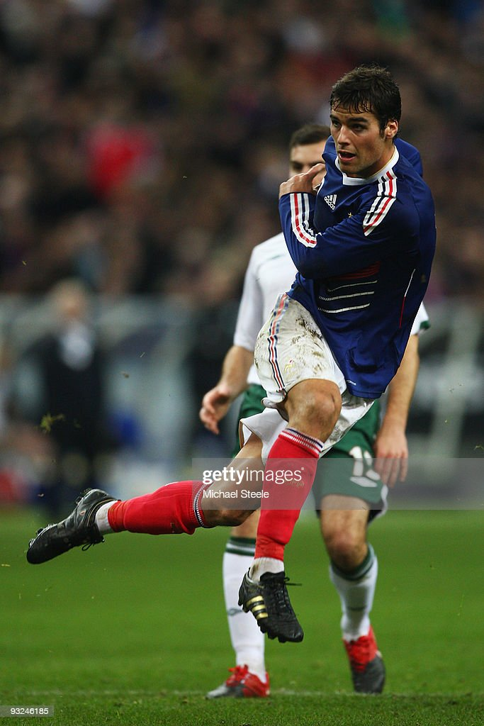 <a gi-track='captionPersonalityLinkClicked' href=/galleries/search?phrase=Yoann+Gourcuff&family=editorial&specificpeople=600434 ng-click='$event.stopPropagation()'>Yoann Gourcuff</a> of France during the France v Republic of Ireland FIFA 2010 World Cup Qualifying Play Off second leg match at the Stade de France on November 18, 2009 in Paris, France.