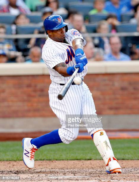 Yoenis Cespedes of the New York Mets bats in an MLB baseball game against the Los Angeles Dodgers on August 5 2017 at CitiField in the Queens borough...