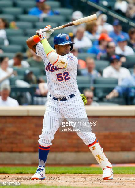 Yoenis Cespedes of the New York Mets in action against the Atlanta Braves at Citi Field on April 27 2017 in the Flushing neighborhood of the Queens...