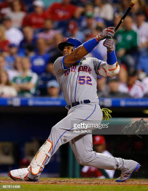 Yoenis Cespedes of the New York Mets in action during a game against the Philadelphia Phillies at Citizens Bank Park on April 10 2017 in Philadelphia...