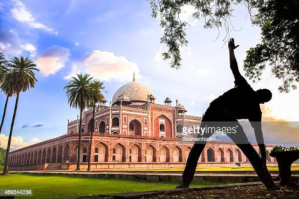 Yoga at Humayun's Tomb, Delhi, India - CNGLTRV1109