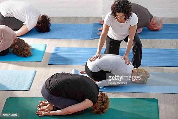 Clases de Yoga en el club de salud