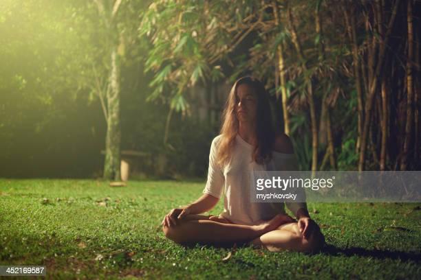 Yoga ejercicio en Sri Lanka