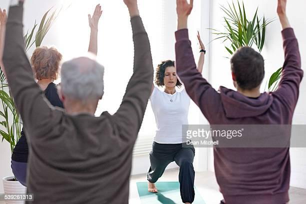 Profesor de Yoga que su clase