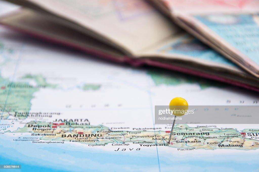 Yogyakarta, Java, Indonesia, Yellow Pin and Passport, Close-Up o : Stockfoto