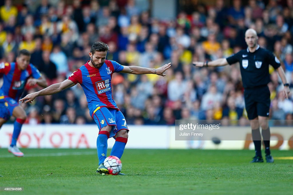 <a gi-track='captionPersonalityLinkClicked' href=/galleries/search?phrase=Yohan+Cabaye&family=editorial&specificpeople=648909 ng-click='$event.stopPropagation()'>Yohan Cabaye</a> of Crystal Palace scores a penalty to make it 1-0 during the Barclays Premier League match between Watford and Crystal Palace at Vicarage Road on September 27, 2015 in Watford, United Kingdom.