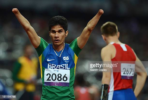 Yohansson Nascimento of Brazil wins gold in the Men's 200m T46 Final on day 4 of the London 2012 Paralympic Games at Olympic Stadium on September 2...