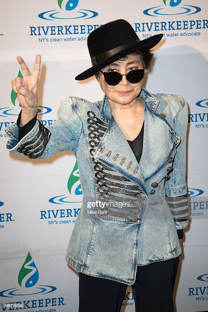 <a gi-track='captionPersonalityLinkClicked' href=/galleries/search?phrase=Yoko+Ono&family=editorial&specificpeople=202054 ng-click='$event.stopPropagation()'>Yoko Ono</a> attends the 2013 Riverkeeper's Fishermen's Ball at Pier 60 on April 16, 2013 in New York City.