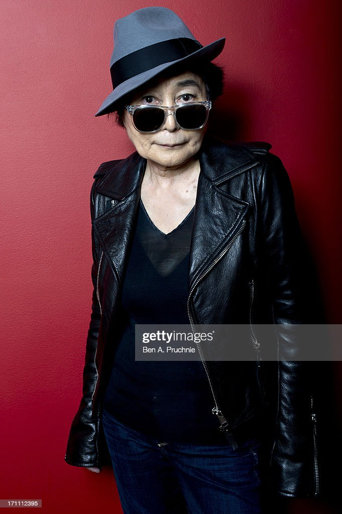 <a gi-track='captionPersonalityLinkClicked' href=/galleries/search?phrase=Yoko+Ono&family=editorial&specificpeople=202054 ng-click='$event.stopPropagation()'>Yoko Ono</a> introduces a special screening of 'GasLand' as part of the BFI Screen Epiphanies series at BFI Southbank on June 22, 2013 in London, England.