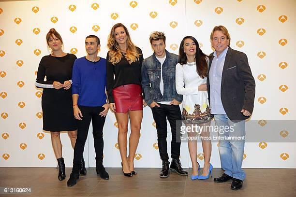 Yolanda Ramos Canco Rodriguez Lorena Gomez Beatriz Luengo Blas Canto and Juan Munoz pose during a photocall to present 'Tu Cara Me Suena' on October...