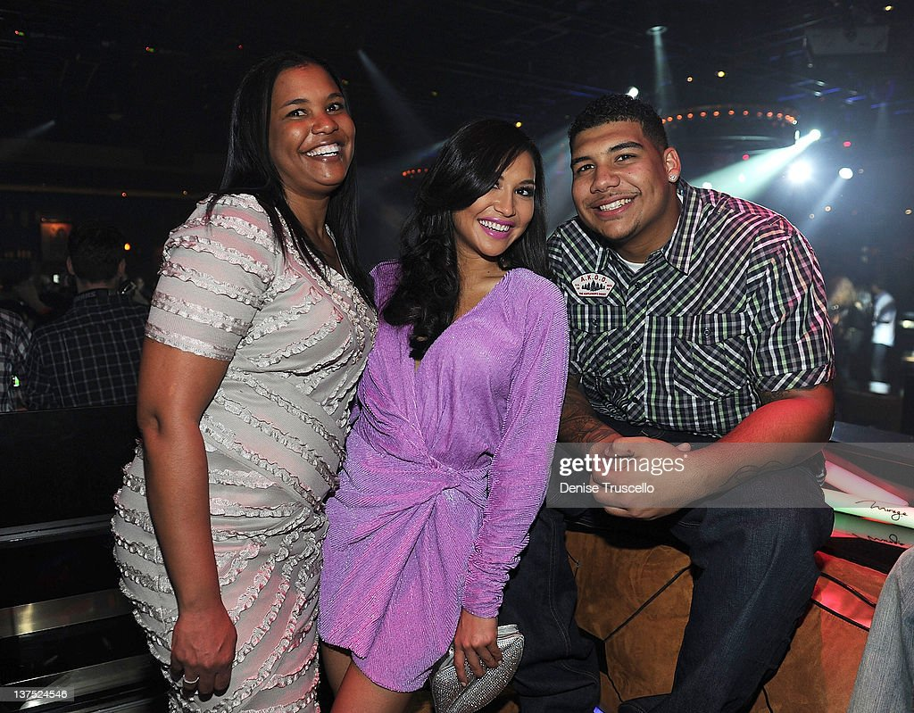 Yolanda Rivera, <a gi-track='captionPersonalityLinkClicked' href=/galleries/search?phrase=Naya+Rivera&family=editorial&specificpeople=5745696 ng-click='$event.stopPropagation()'>Naya Rivera</a> and Mychal Rivera celebrate <a gi-track='captionPersonalityLinkClicked' href=/galleries/search?phrase=Naya+Rivera&family=editorial&specificpeople=5745696 ng-click='$event.stopPropagation()'>Naya Rivera</a>'s birthday at 1 OAK Las Vegas at The Mirage on January 21, 2012 in Las Vegas, Nevada.