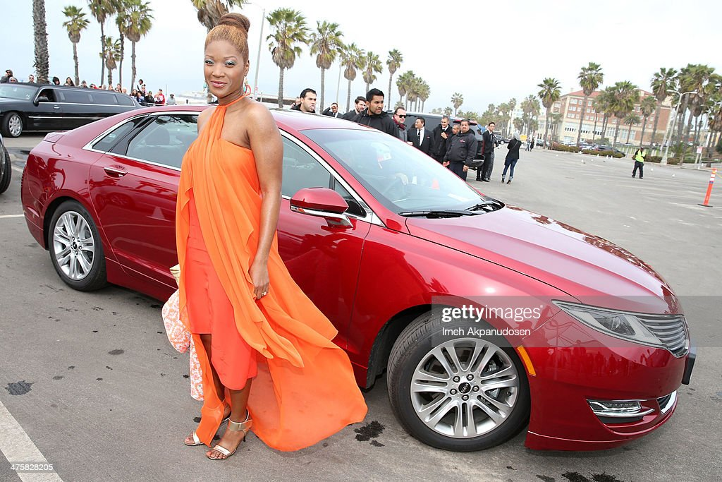 Yolonda Ross arrives in Lincoln's 2014 MKZ at 'Film Uncovered' presented by Lincoln Motor Company, honoring the Behind-The-Scenes Artisans of Independent Film, at the 2014 Film Independent Spirit Awards at Santa Monica Beach on March 1, 2014 in Santa Monica, California.