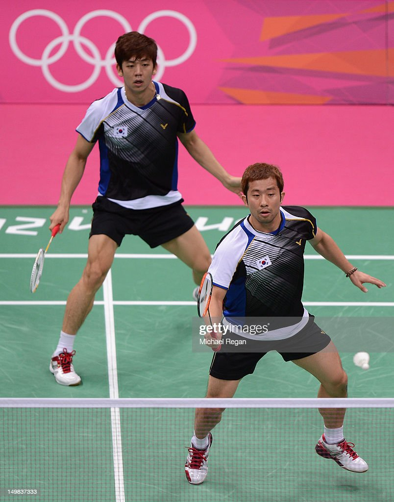 Yong Dae Lee and Jae Sung Chung (R) of Korea compete in their Men's Doubles Badminton Bronze Medal match against Boon Heong Tan and Kien Keat Koo of Malaysia during Badminton on Day 9 of the London 2012 Olympic Games at Wembley Arena on August 5, 2012 in London, England.