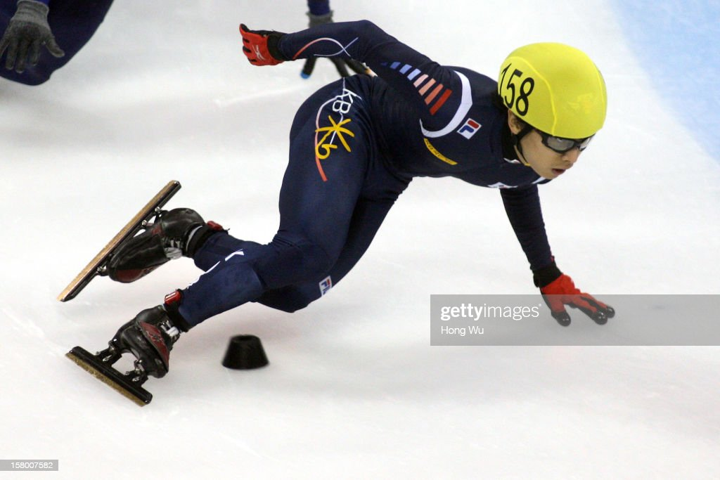 Yoon-Gy Kwak of Korea competes in the Men's 1000m Final during the day one of the ISU World Cup Short Track at the Oriental Sports Center on December 8, 2012 in Shanghai, China.