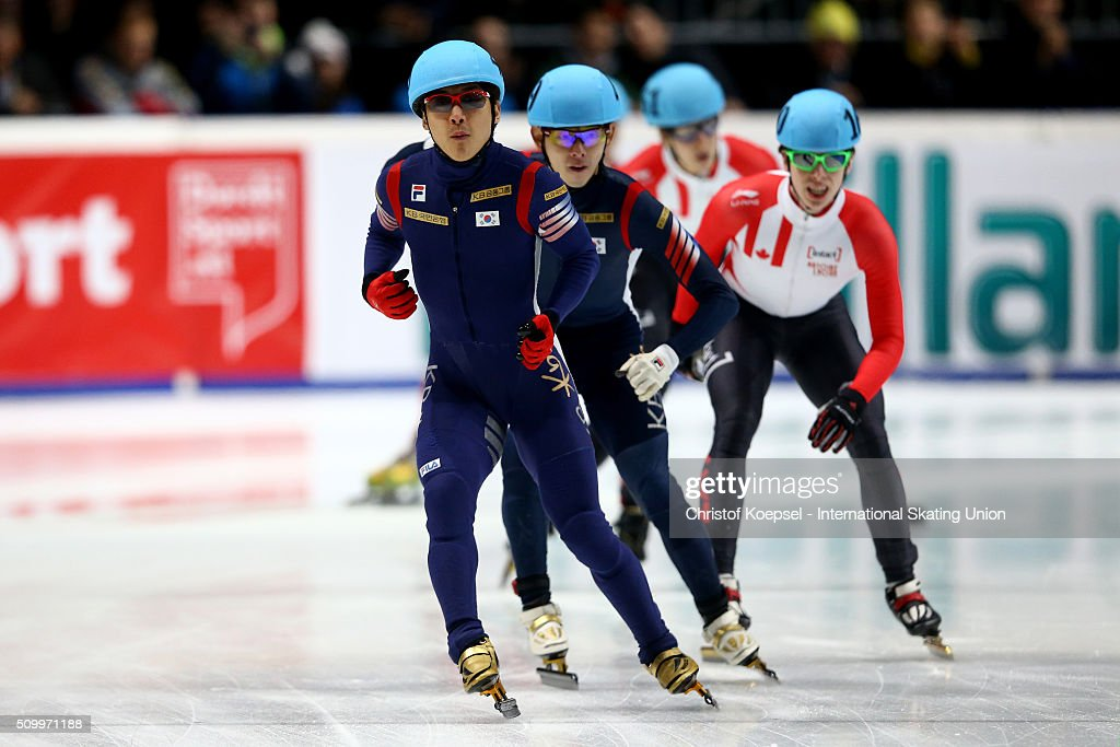 Yoon-Gy Kwak of Korea finsiehs as the second in front of third Jung-Su Lee of Korea during Day 2 of ISU Short Track World Cup at Sportboulevard on February 13, 2016 in Dordrecht, Netherlands.