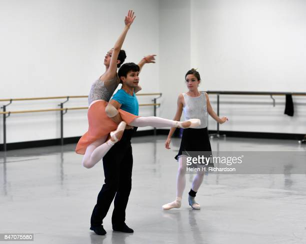 DENVER CO SEPTEMBER 12 Yosavni Ramos in middle rehearses with fellow dancers for the upcoming production of Dracula at Colorado Ballet on September...