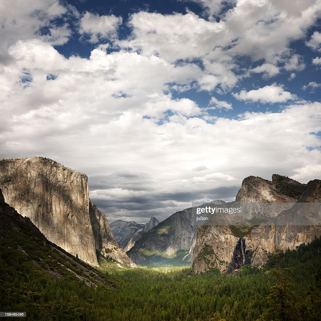 Yosemite Valley from Tunnel View : Stock Photo