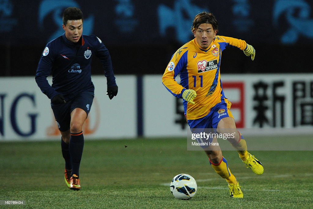 Yoshiaki Ota #11 of Vegalta Sendai in action during the AFC Champions League Group E match between Vegalta Sendai and Buriram United at Sendai Stadium on February 26, 2013 in Sendai, Japan.