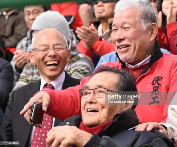 Yoshiharu Yamaguchi and Atsushi Oyagi watch the 97th National High School Rugby Tournament Kyoto Prefecture Qualifier Final between Kyoto Seisho and...