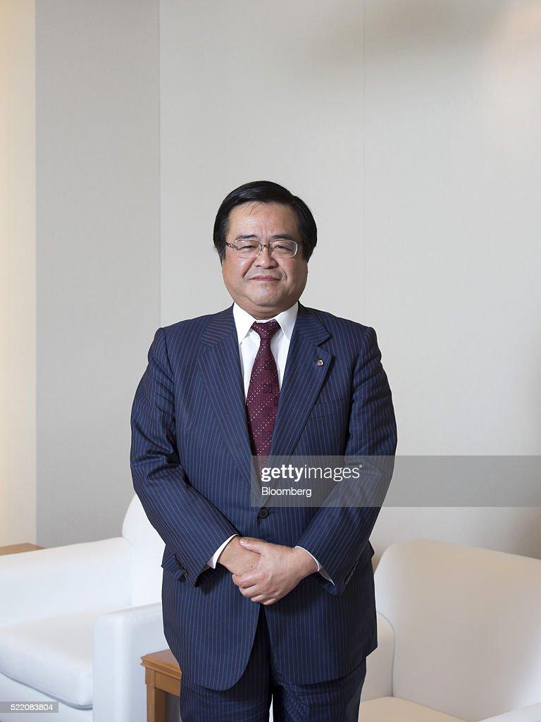 smbc nikko securities inc ceo yoshihiko shimizu interview photos yoshihiko shimizu chief executive officer of smbc nikko securities inc poses for photograph