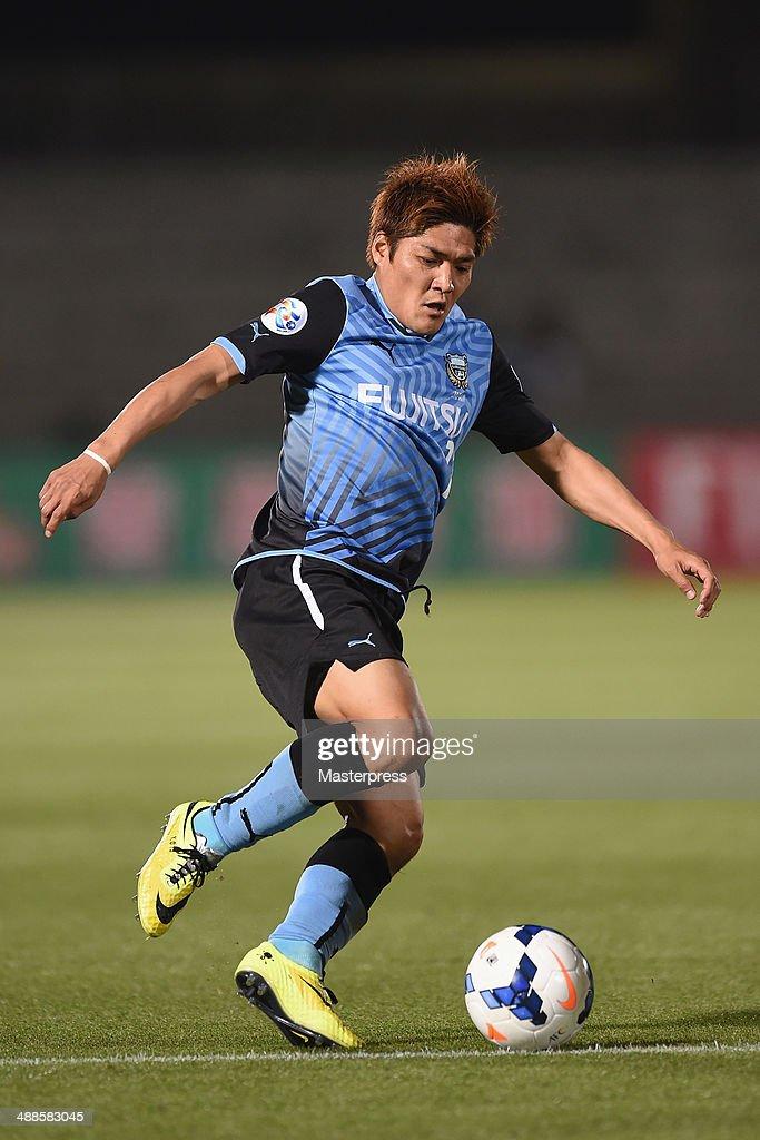 Yoshito Okubo of Kawasaki Frontale in action during the AFC Champions League Round of 16 match between Kawasaki Frontale and FC Seoul at Todoroki Stadium on May 7, 2014 in Kawasaki, Kanagawa, Japan.