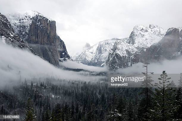 Yosmite Valley in Winter Fog