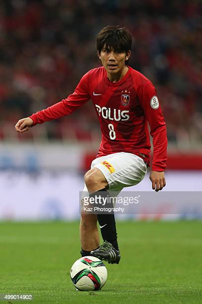 Yosuke Kashiwagi of Urawa Red Diamonds in action during the JLeague 2015 Championship semi final match between Urawa Red Diamonds and Gamba Osaka at...