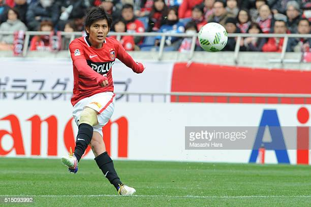 Yosuke Kashiwagi of Urawa Red Diamonds in action during the JLeague match between Urawa Red Diamonds and Avispa Fukuoka at the Saitama Stadium on...