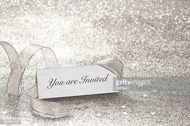 Está convidado silver Cartão com Nome