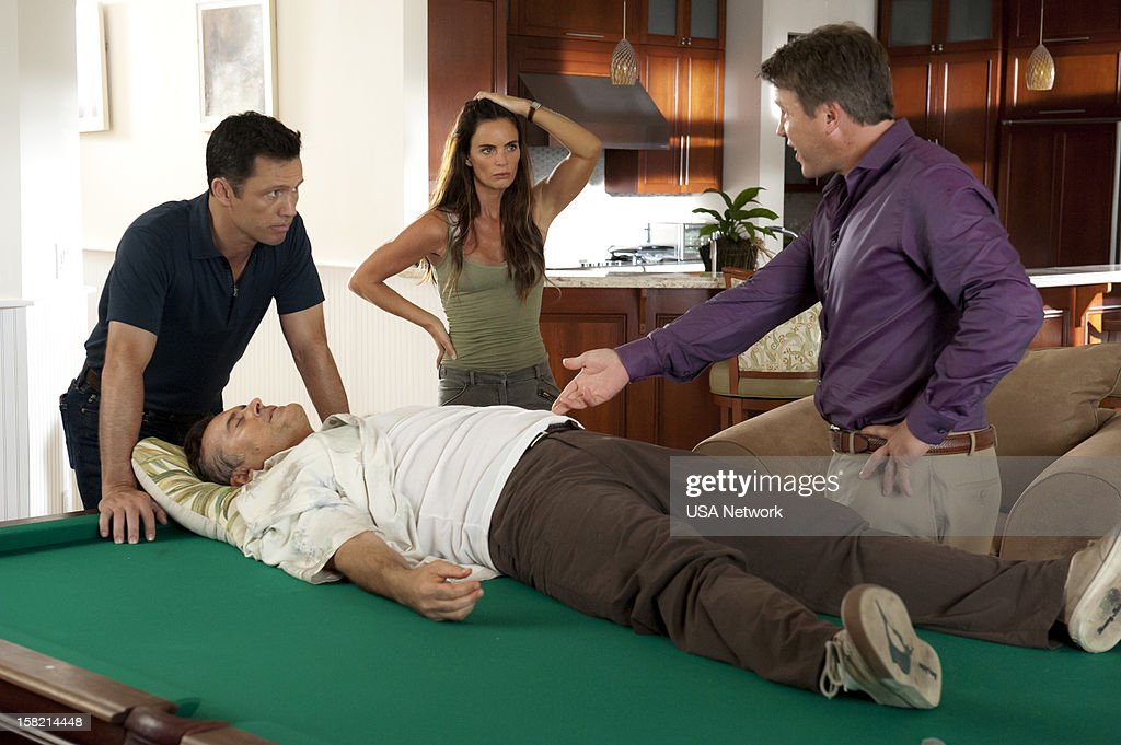 NOTICE -- 'You Can Run (Part Two)' Episode 618 -- Pictured: (l-r) <a gi-track='captionPersonalityLinkClicked' href=/galleries/search?phrase=Jeffrey+Donovan&family=editorial&specificpeople=767727 ng-click='$event.stopPropagation()'>Jeffrey Donovan</a> as Michael Westen, <a gi-track='captionPersonalityLinkClicked' href=/galleries/search?phrase=Gabrielle+Anwar&family=editorial&specificpeople=1139711 ng-click='$event.stopPropagation()'>Gabrielle Anwar</a> as Fiona Glenanne, <a gi-track='captionPersonalityLinkClicked' href=/galleries/search?phrase=Bruce+Campbell&family=editorial&specificpeople=2001663 ng-click='$event.stopPropagation()'>Bruce Campbell</a> as Sam Axe, Lochlyn Munro as Dr. Valdecastro --